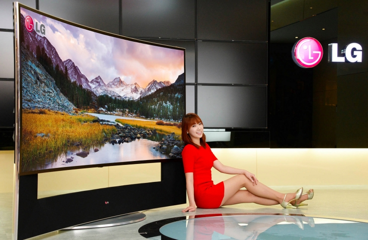 lg announces world 39 s biggest 105 inch 21 9 5k curved tv. Black Bedroom Furniture Sets. Home Design Ideas